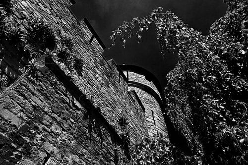 Ville antique mur Maastricht noir / blanc