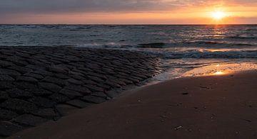 A beautiful sunset... van Bert - Photostreamkatwijk