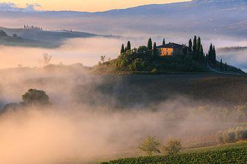 Sonnenaufgang auf dem Podere Belvedere, Toskana, Italien von Henk Meijer Photography