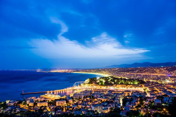Cityscape of Nice in France van Werner Dieterich