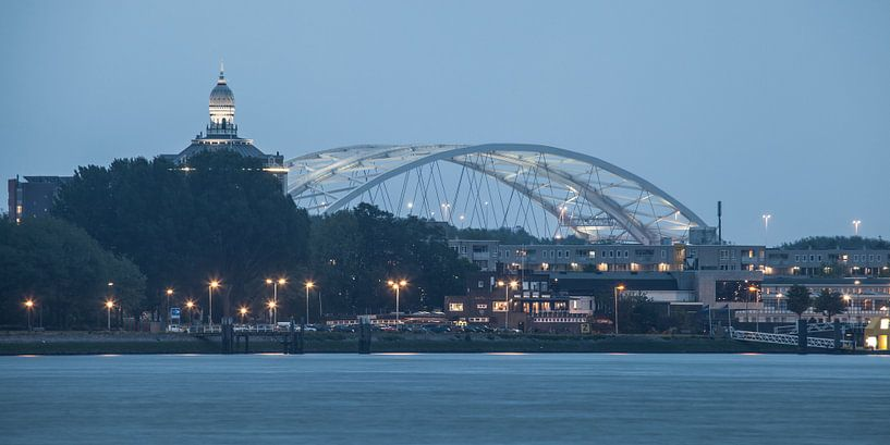 Rotterdam van Brienenoordbrug (67158) van John Ouwens