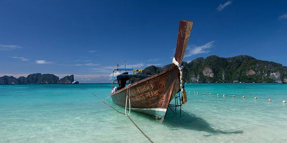 Koh Phi Phi boats
