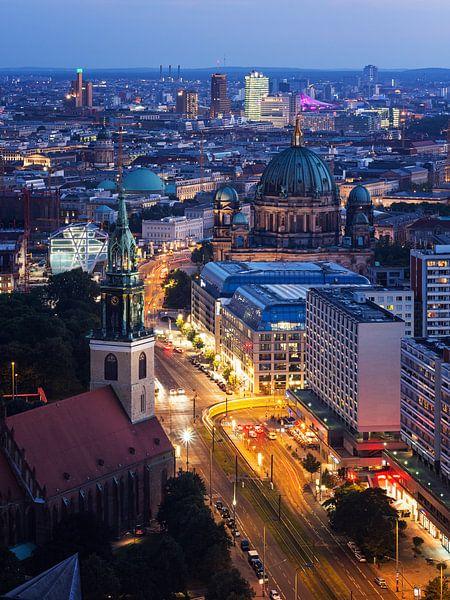 Berlin – Karl-Liebknecht-Strasse van Alexander Voss