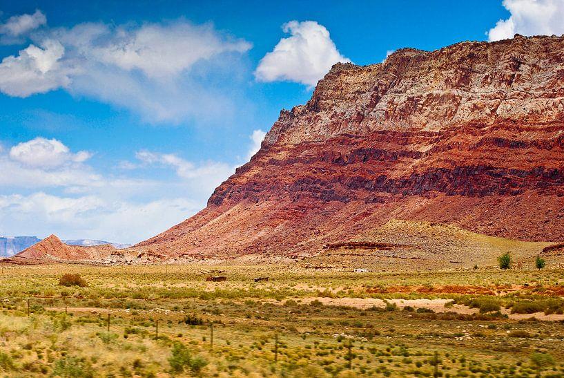 Layers of the mountain - USA van Ricardo Bouman