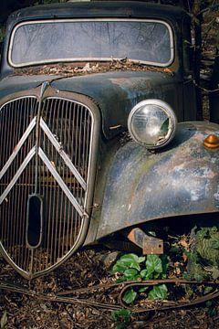 Verlassener Citroën-Oldtimer von Tim Vlielander
