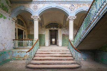 De vervallen ingang van Beelitz (gezien bij vtwonen)