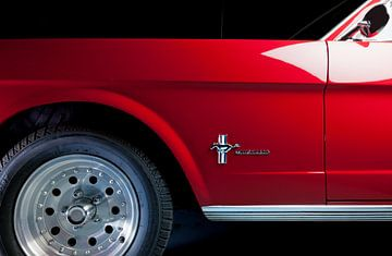 Zij aanzicht Ford Mustang 1964 van Ruurd Dankloff