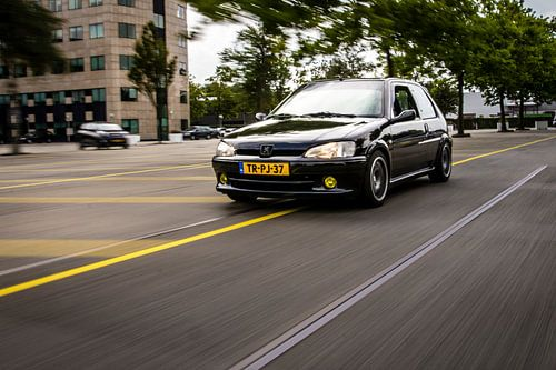 Peugeot 106 van Sim Van Gyseghem