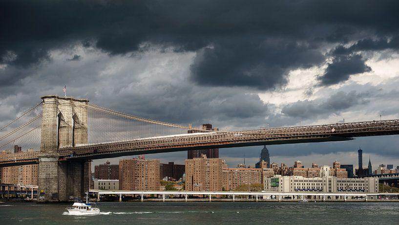 Manhatten bridge van Bob Hartemink