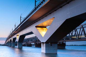 Eisenbahnbrücken Hollandsch Diep - Moerdijk Brücken sur Eugene Winthagen