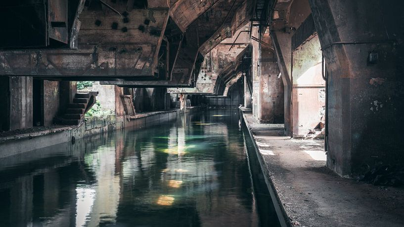 Verlaten Plekken: staal fabriek van Olaf Kramer