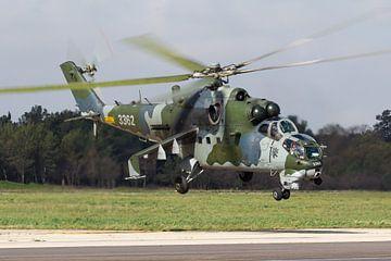 Armée de l'air tchèque Mi-35 Hind sur Dirk Jan de Ridder