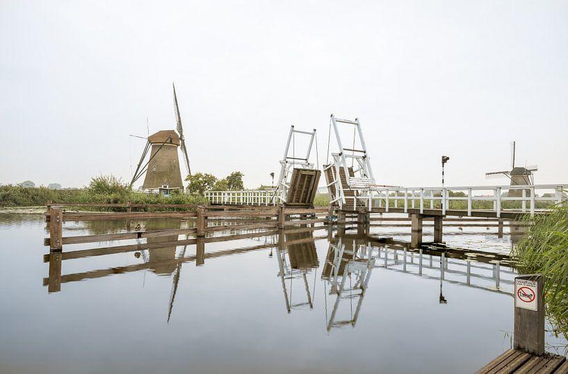 drawbridge at the windmill van Marcel Derweduwen