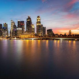 Singapore Skyline van Luc Buthker