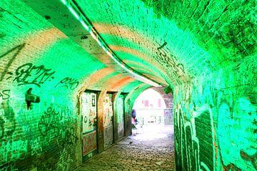 Utrecht - Tunnel met gekleurde lampen van Wout van den Berg