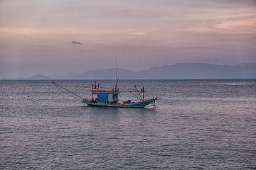 Aziatische vissersboten van Bernd Hartner