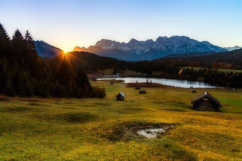 Tagesanbruch im Karwendel van Daniela Beyer