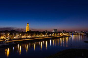 Skyline Arnheim bei Sonnenaufgang von Michel Vedder Photography