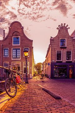 Oudegracht Utrecht in der Sonne von Robert van Walsem