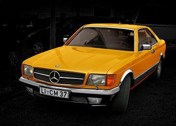 Mercedes-Benz C 126 in yellow von aRi F. Huber