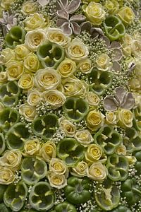 abstrakt kunstwerk van paprika's met rozen