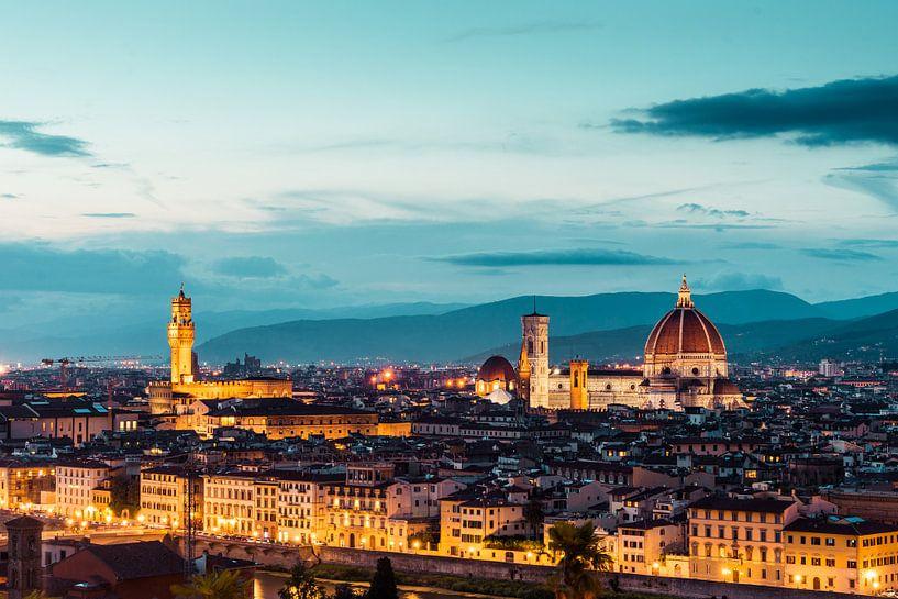 Kathedraal van Florence en het oude palijs in Florence in de avond van Atelier Liesjes