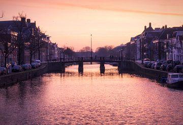 Haarlem: de Nieuwe Gracht. van Olaf Kramer