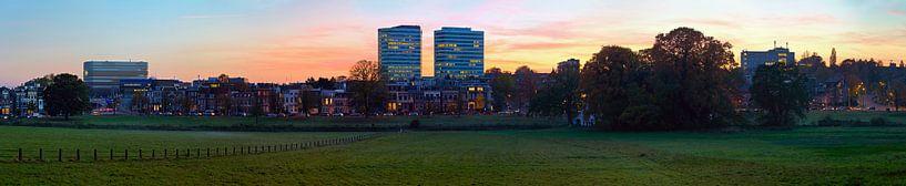 Panorama Arnhem gezien vanaf Sonsbeek van Anton de Zeeuw
