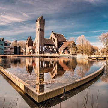 """De """"Johannes de Doperkerk"""" aan de Potmarge in Leeuwarden sur Harrie Muis"""