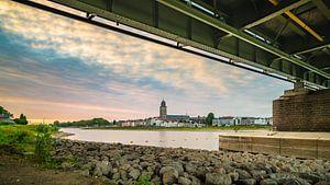 Under the bridge van Sander Korvemaker