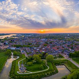 Zonsondergang in Gorinchem van Patrick van Oostrom