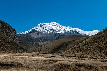 Ecuador: Vulkaan (Chimborazo) van Maarten Verhees