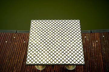 Wafelstructuur op een startblok voor het zwemmen van Jenco van Zalk