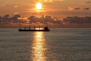 Ondergaande zon op de Baltische zee