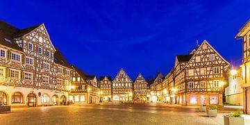 Marktplatz in der Stadt  Schorndorf am Abend von Werner Dieterich