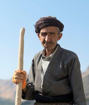 Iran: Bouwvakker (Uraman Takht) van Maarten Verhees