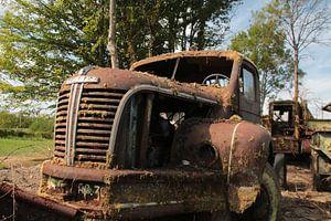 Roestige vrachtwagen