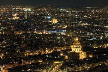 Nächtlicher Blick auf Paris von Dennis van de Water