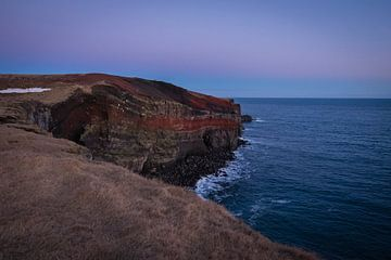Isländische Klippe von Annika Koole
