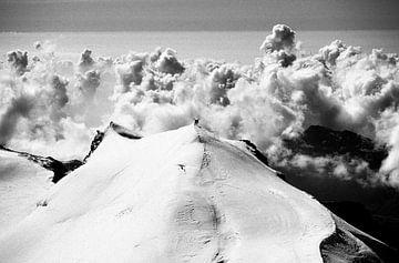 Bergsteiger auf dem Monte Rosa von Menno Boermans