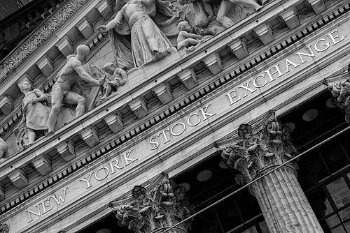Wall Street Stock Exchange in New York (zwart-wit)