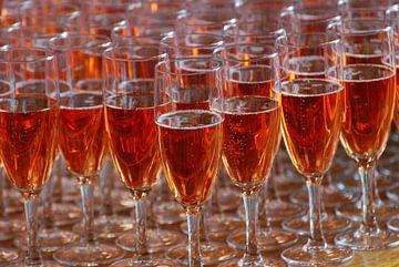Champagneglazen van Hans Koreman