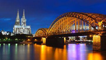 Die Dom & Hohenzollernbrücke, Köln, Deutschland. von Henk Meijer Photography