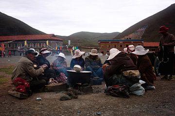 Tibetanen rondom een vuur I von André van Bel