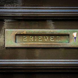 Brass Horizontal Letterbox van Urban Photo Lab