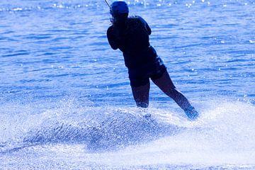 Wakeboarden in blauw 10 van Marc Heiligenstein