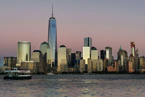 New York  Financial Distrikt im Abendlicht