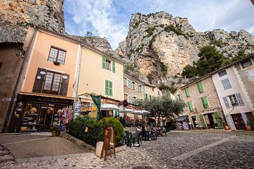 Moustiers Sainte Marie in de Provence in Frankrijk sur Rosanne Langenberg