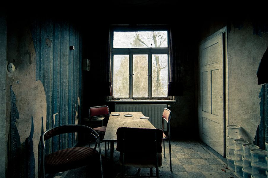Verlaten? van Thomas Boelaars