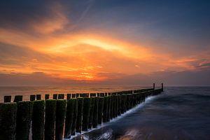 Zonsondergang bij het strand van Domburg  van